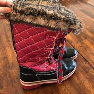 Storm by cougar winter boots ( look like Sorel )